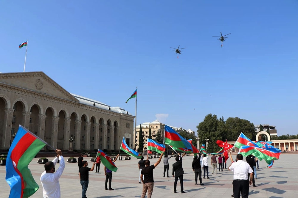 Azerbaijani, Turkish Air Forces carry out joint flights over Ganja city