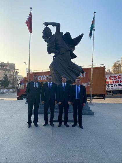 Chairman of Azerbaijani community of Nagorno-Karabakh region visits Khojaly monuments in Ankara