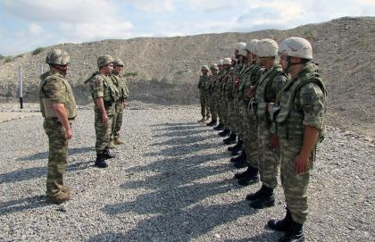 Military units in frontline zone inspected